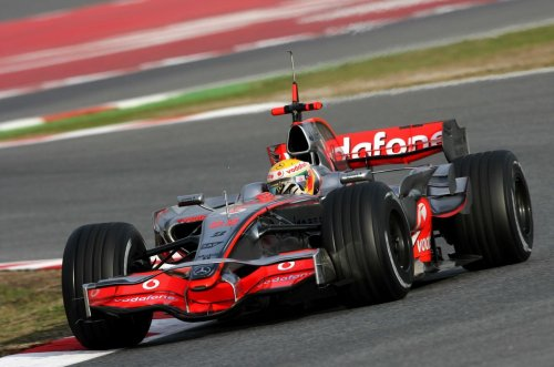 08f1-feb-barcelona-test-fri-12.jpg