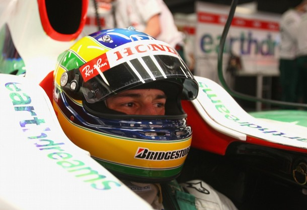 83716285MT036_BRUNO_SENNA_T