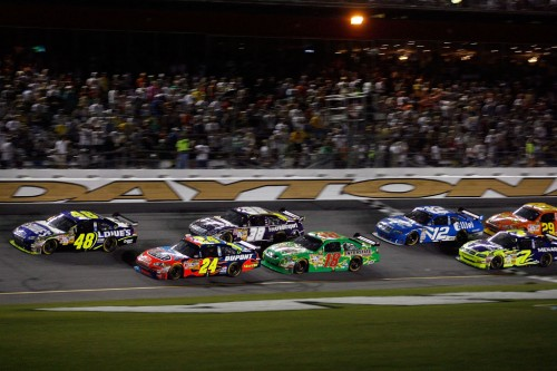 2008-daytona-july-nscs-jimmie-johnson-leads-pack