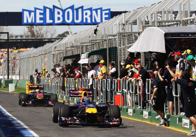 melbourne_2010_f1_red_bull_photo_by_mark_thompson_getty_images_0-0301